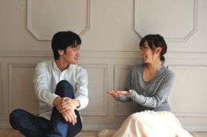 二人目の時期を相談する夫婦