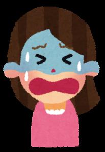 子供のノロウイルスで泣くママ