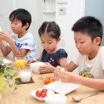 食事中に子供が座らない!超簡単なのに効果があった方法とは?