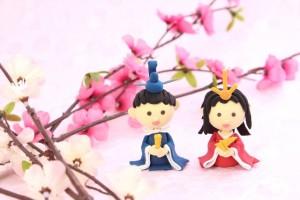 雛人形を飾る