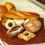 離乳食にパンは使えるの?いつから使えてどんな種類がよい?